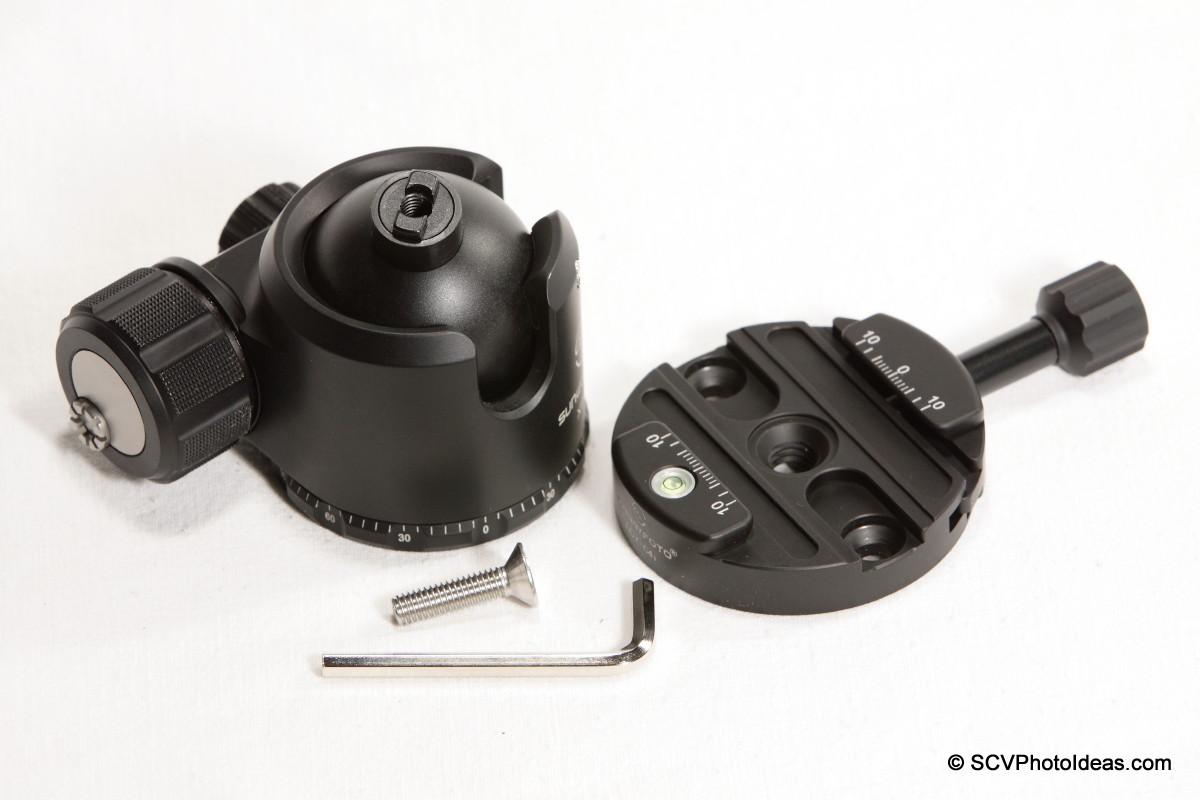 Sunwayfoto DDY-64iL Discal QR clamp w/ XB-44 LP Ball head + screw + hex key