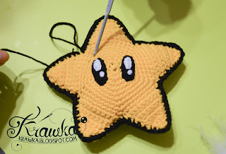 Krawka: Mario Star for the top of the Christmas Tree - free crochet pattern