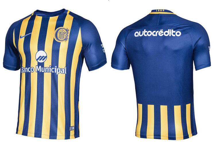 09b37d8acd446 La nueva camiseta Rosario Central 2017 vuelve al diseño de rayas  tradicionales del club después de que la camiseta de la temporada pasada  introdujera un ...