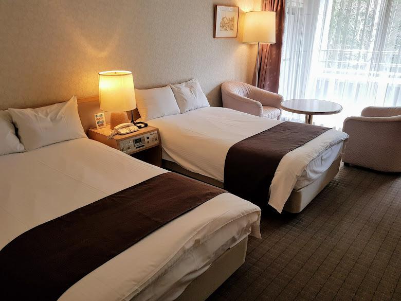 溫泉飯店的房間,覺得超級大的