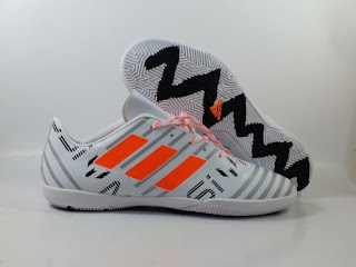Adidas Nemeziz 17.4 IC - Messi White Orange Pyro Storm Pack