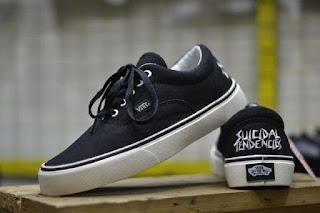 Sepatu Vans Suicidal Tendencies Waffle ICC Black