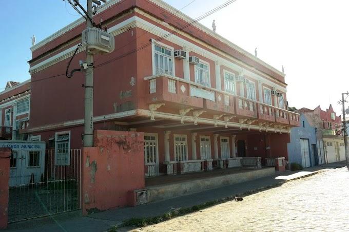 Prefeitura de São Pedro da Aldeia realiza vistoria e limpeza na Casa Rosa
