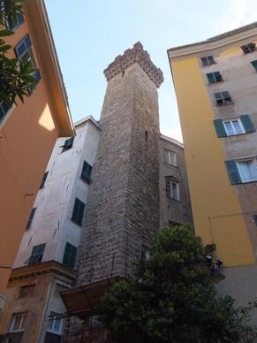 gênes genova vieille ville torre degli embriaci