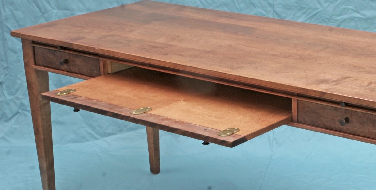 Inventia Design: 358 Solid wood computer desk
