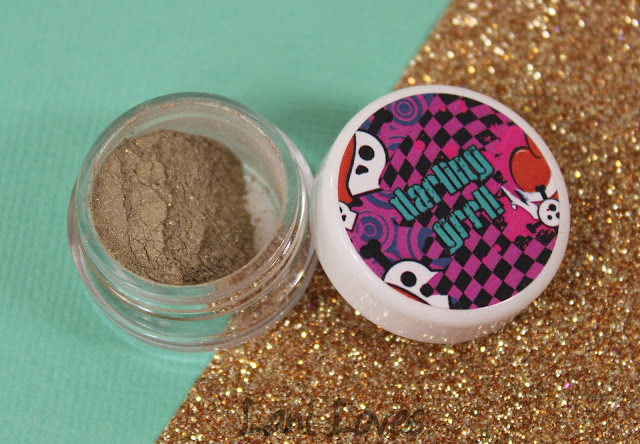Darling Girl Eyeshadow - Nothing Else Matters Swatches & Review