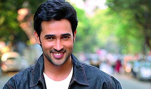 Karan Sharma reserved in to paper the part of Krishna in Shashi-Sumeet Productions