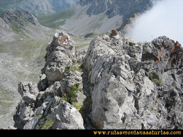 Ruta Tuiza - Portillín - Fontanes: Llegando a la cima del Portillín Oriental