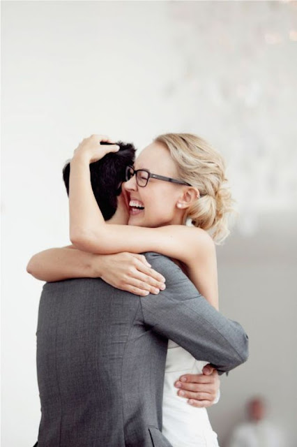 K'Mich Weddings - wedding planning - bride wearing glasses on her wedding day
