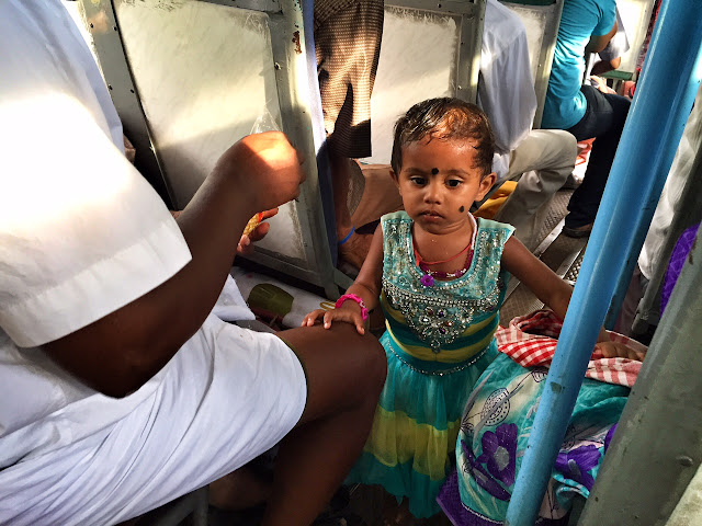 road trip bus tamil nadu bangalore tirupur small girl