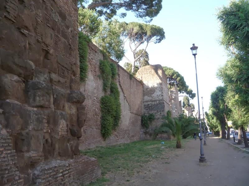 P1060676 - O bairro de Testaccio em Roma