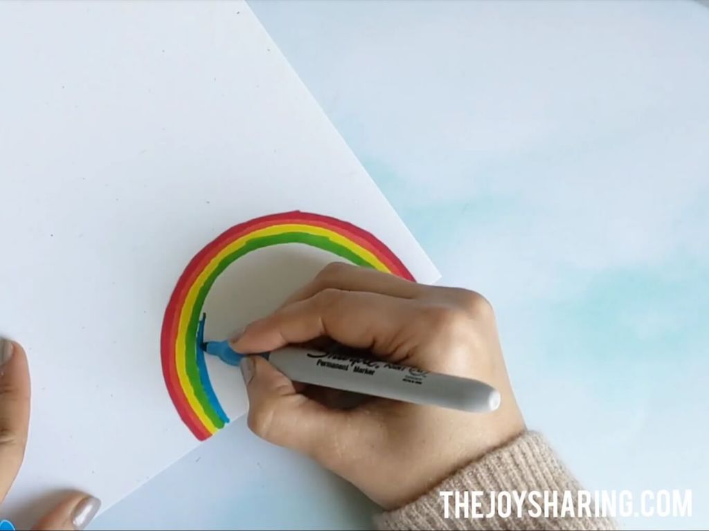 Draw rainbow using markers