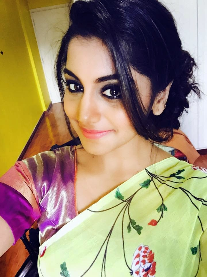 Actress Meera nandan