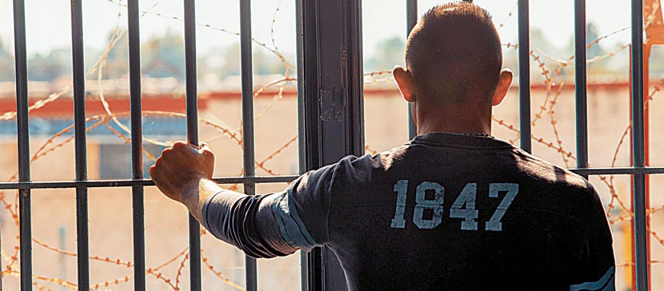 Οι κρατούμενοι μίλησαν για τον ξυλοδαρμό του Αλβανού - «Λίγα του κάναμε - Έπρεπε να κάνει παρέλαση στην Συγγρού (vid)
