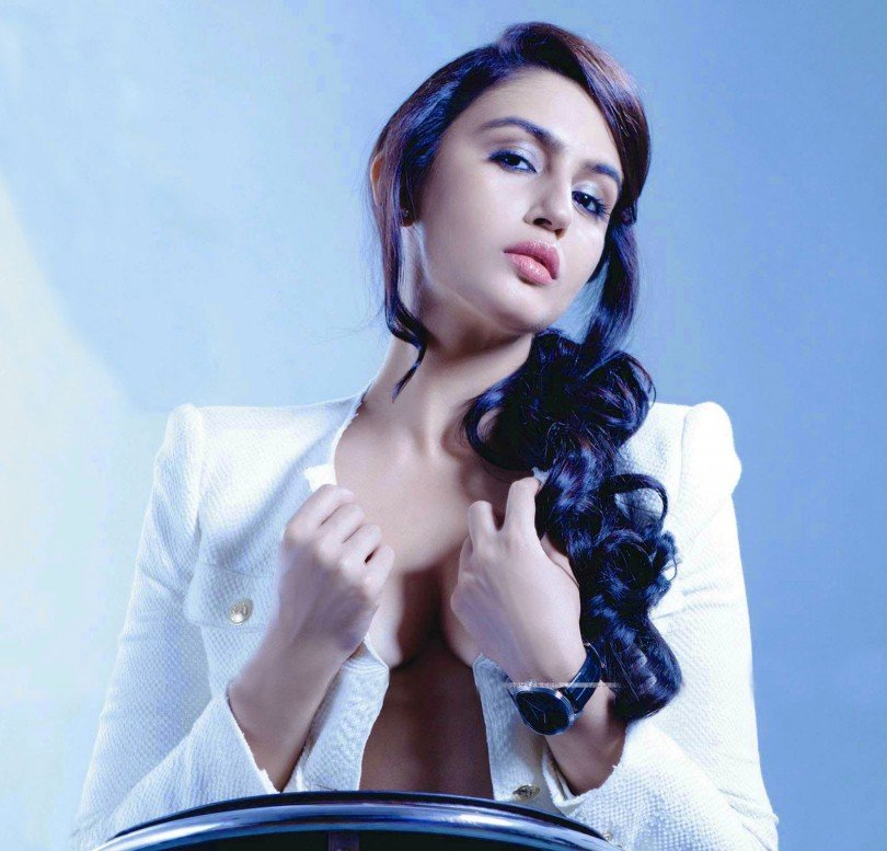 Huma Khureshi - Bikini Hot & bold New Bollywood Actress Pics 2016 on maxim