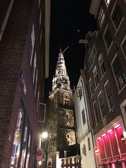 Kurkistus Amsterdamin punaisten lyhtyjen alueelle 11
