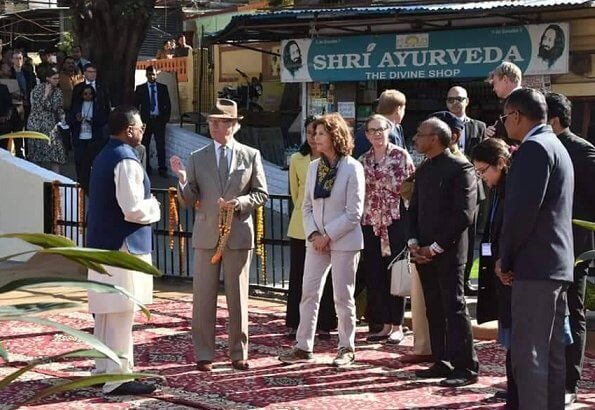 King Carl Gustaf and Queen Silvia attended a traditional ceremony on the holy river Gange in Rishikesh city
