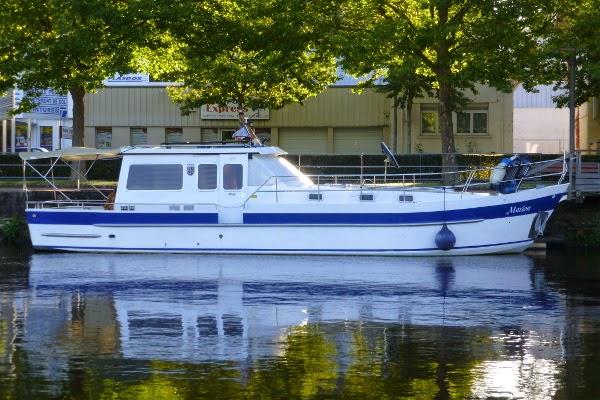 bateau 7 ecluses 2000