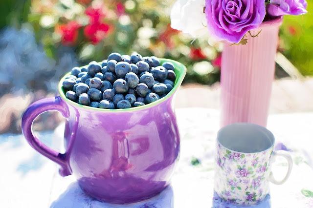 Ce vitamine si minerale contin afinele? Valori nutritionale si calorii