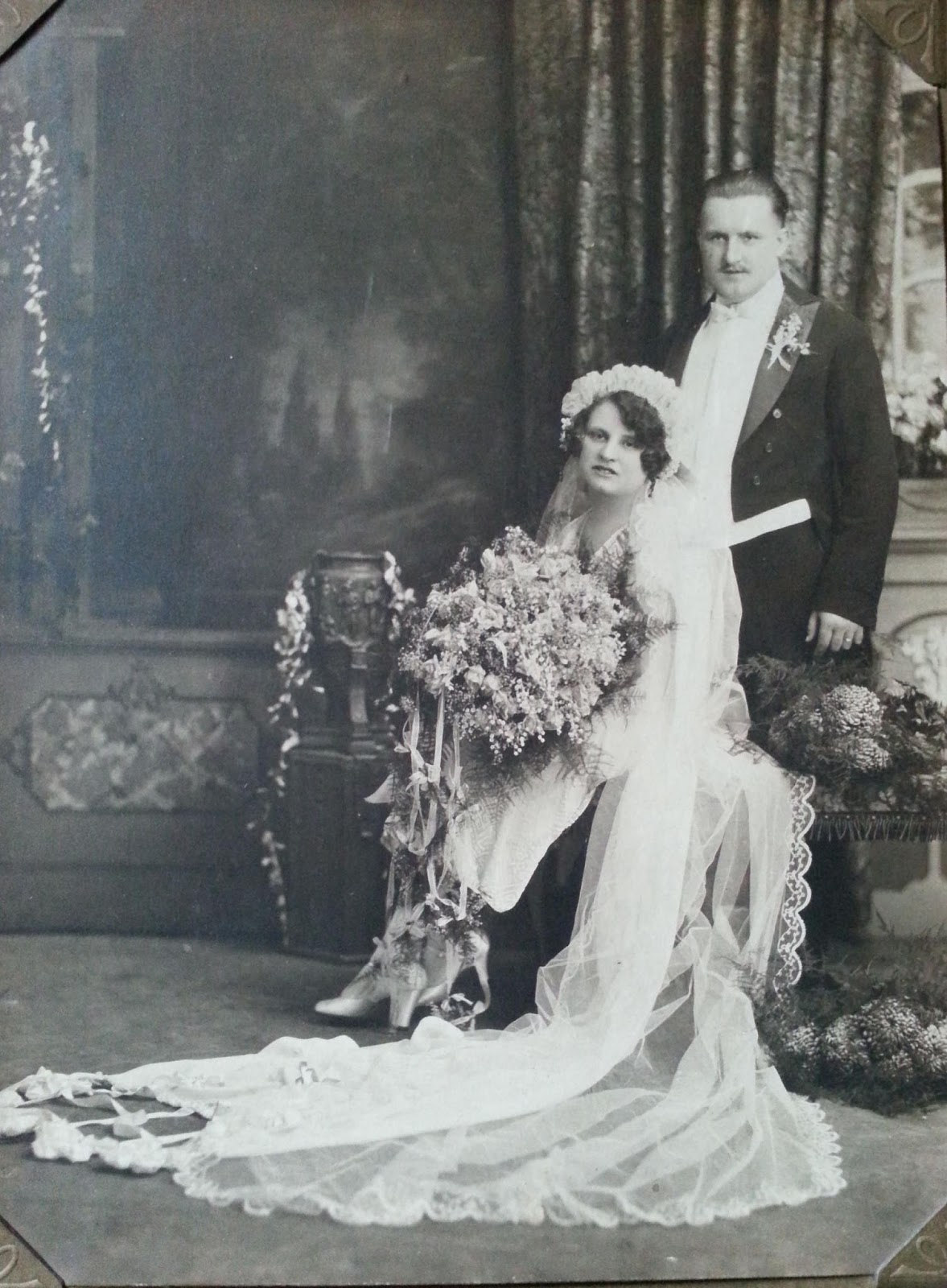 50 Fascinating Vintage Wedding Photos From the Roaring 20s ~ vintage ...