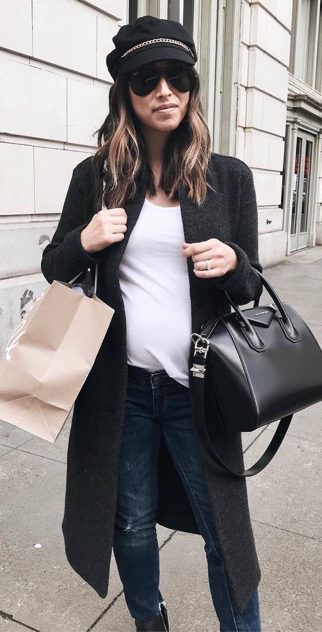 casual style perfection / hat + black coat + bag + white top + jeans