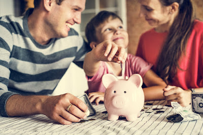 Educação financeira: por que é preciso ensinar as crianças a cuidar do dinheiro?