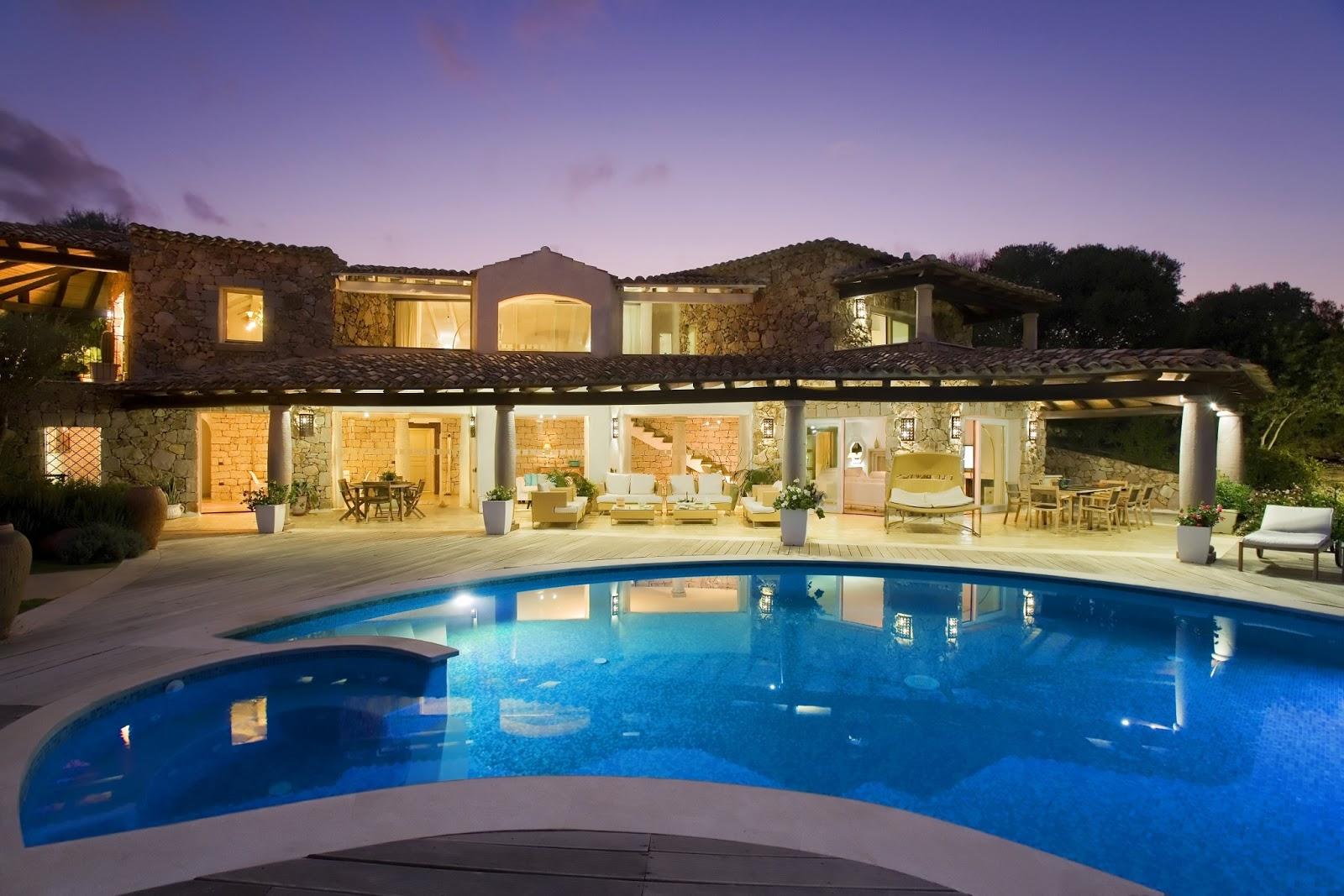 Just sardinia news villas at hotel villas resort for Ville moderne con piscina