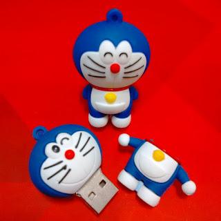 Gambar Flashdisk Doraemon Yang Unik Dan Lucu_200046