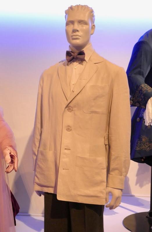 Daniel Day-Lewis Phantom Thread Reynolds Woodcock costume