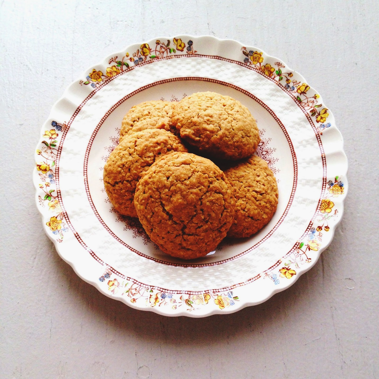Smitten Kitchen Oatmeal Cookies: Poppies And Paperbacks: Oatmeal Cookies