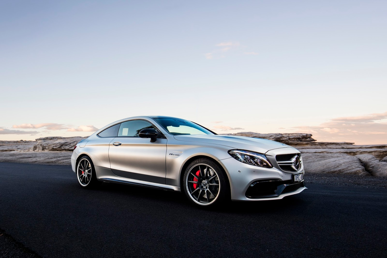 2017 mercedes amg c63 s coupe review autocarvn. Black Bedroom Furniture Sets. Home Design Ideas