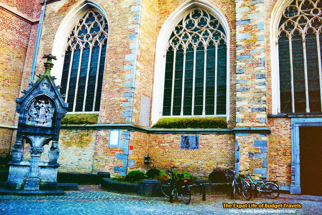 bowdywanders.com Singapore Travel Blog Philippines Photo :: Belgium :: Bruges, Belgium Travel Photo Essay - How to Take Your Breath Away Without Trying