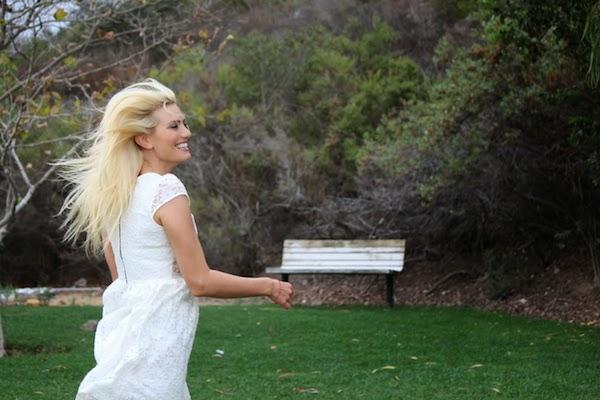 Anne-Cohen-Autumn-Leaves-Love-arcwrites