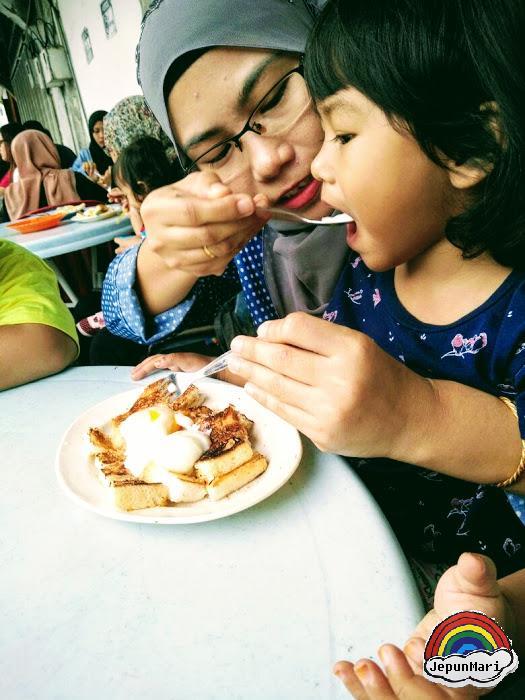 Roti canai dan roti bakar Transfer Road, Penang