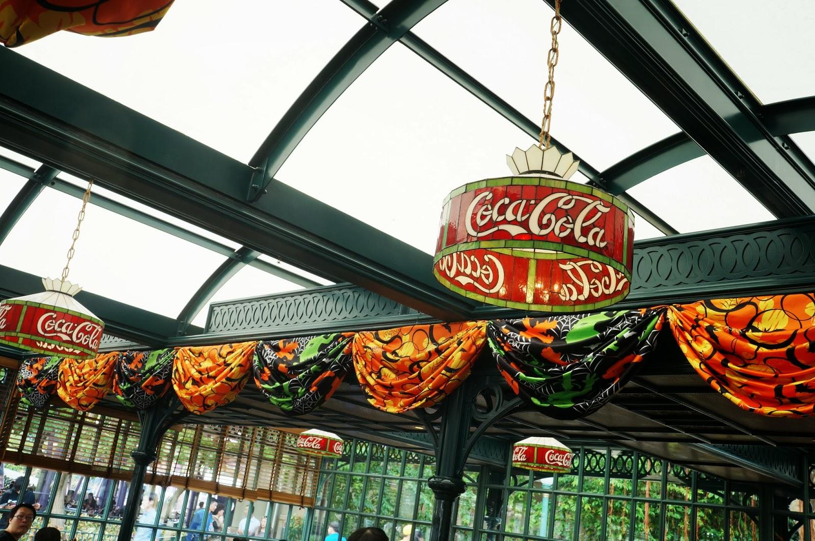 Mandy's Wonderland: Corner Cafe - 全港首間Coca-Cola®主題餐廳