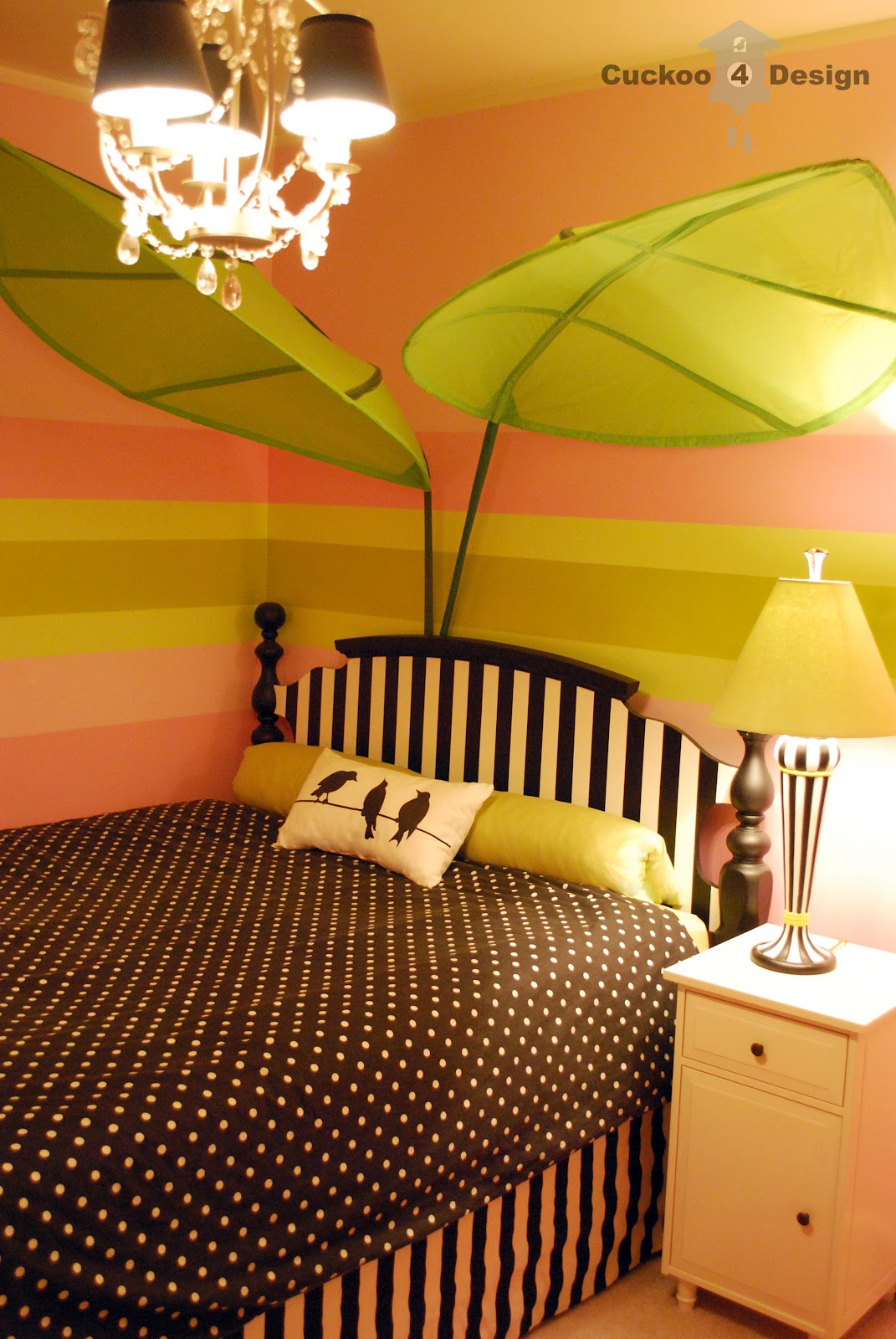 Black, white, pink and lime green girl\'s room | Cuckoo4Design