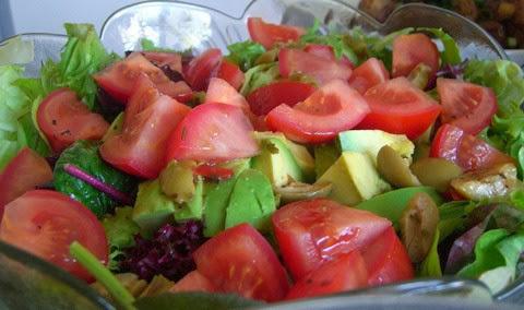 Avocado and Tomato Salad with Lettuce and Cilantro
