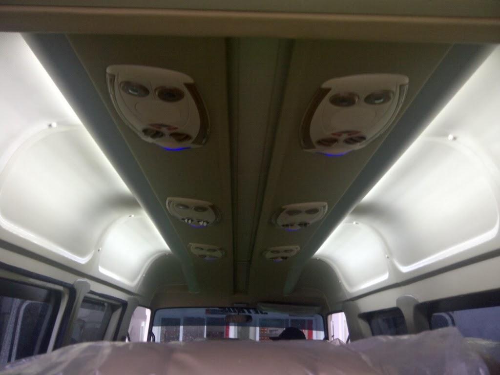 ISUZU ELF MIKROBUS Karoseri ADIPUTRO Isuzu Elf Microbus Cikarang