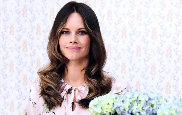 Princess Sofia is the honorary president of Sophiahemmet Hospital. Dolce and Gabbana belted floral-print silk-georgette midi dress