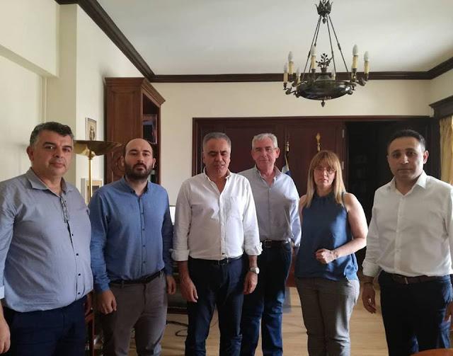 Συνάντηση Πανελλήνιου Δικτύου Συμπαραστατών με τον Υπουργό Εσωτερικών κ. Σκουρλέτη