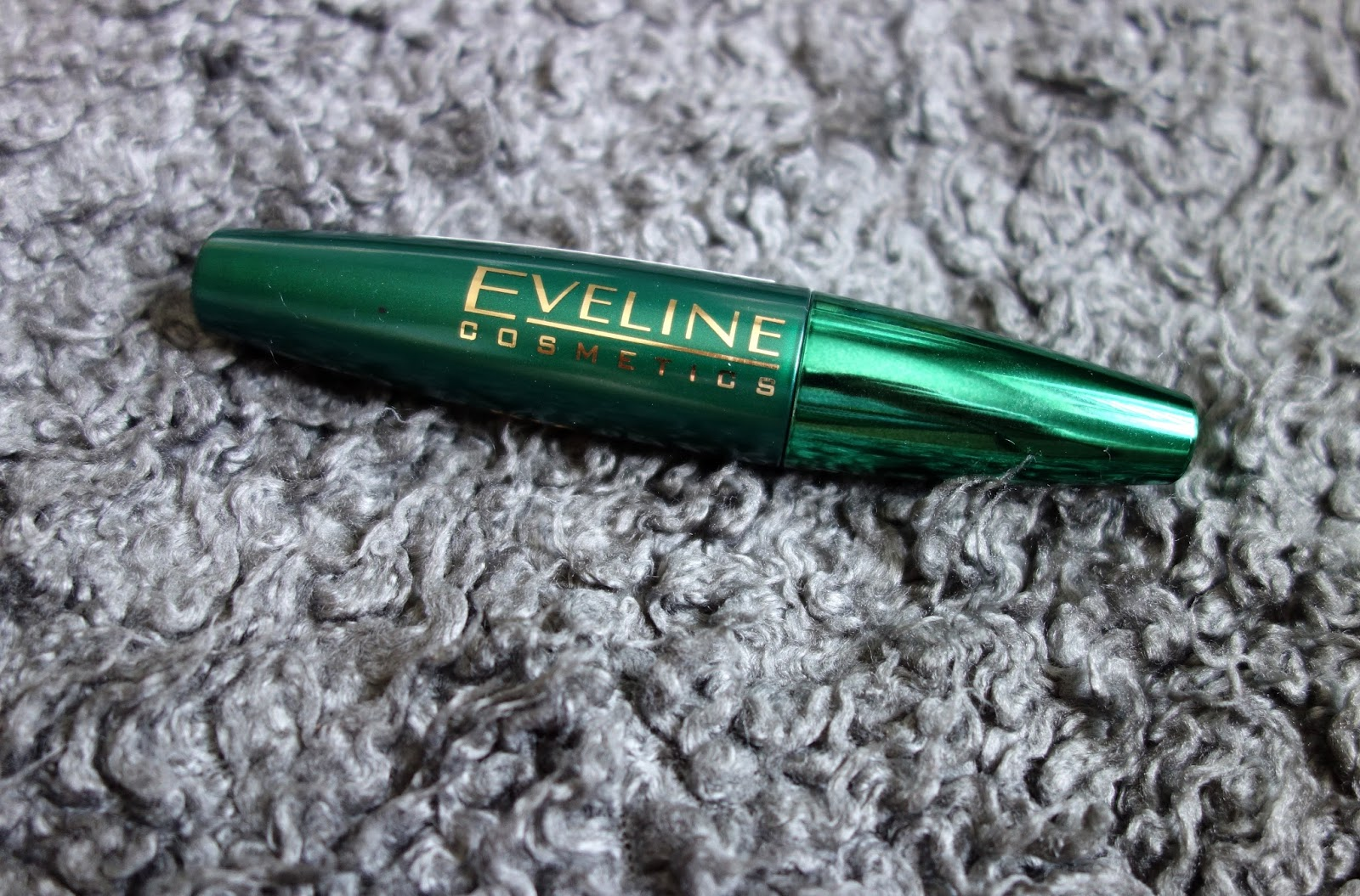 Mascara Eveline Cosmetics BIG VOLUME Dark Balm