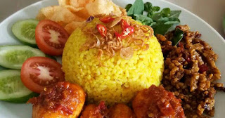 cara membuat nasi kuning spesial