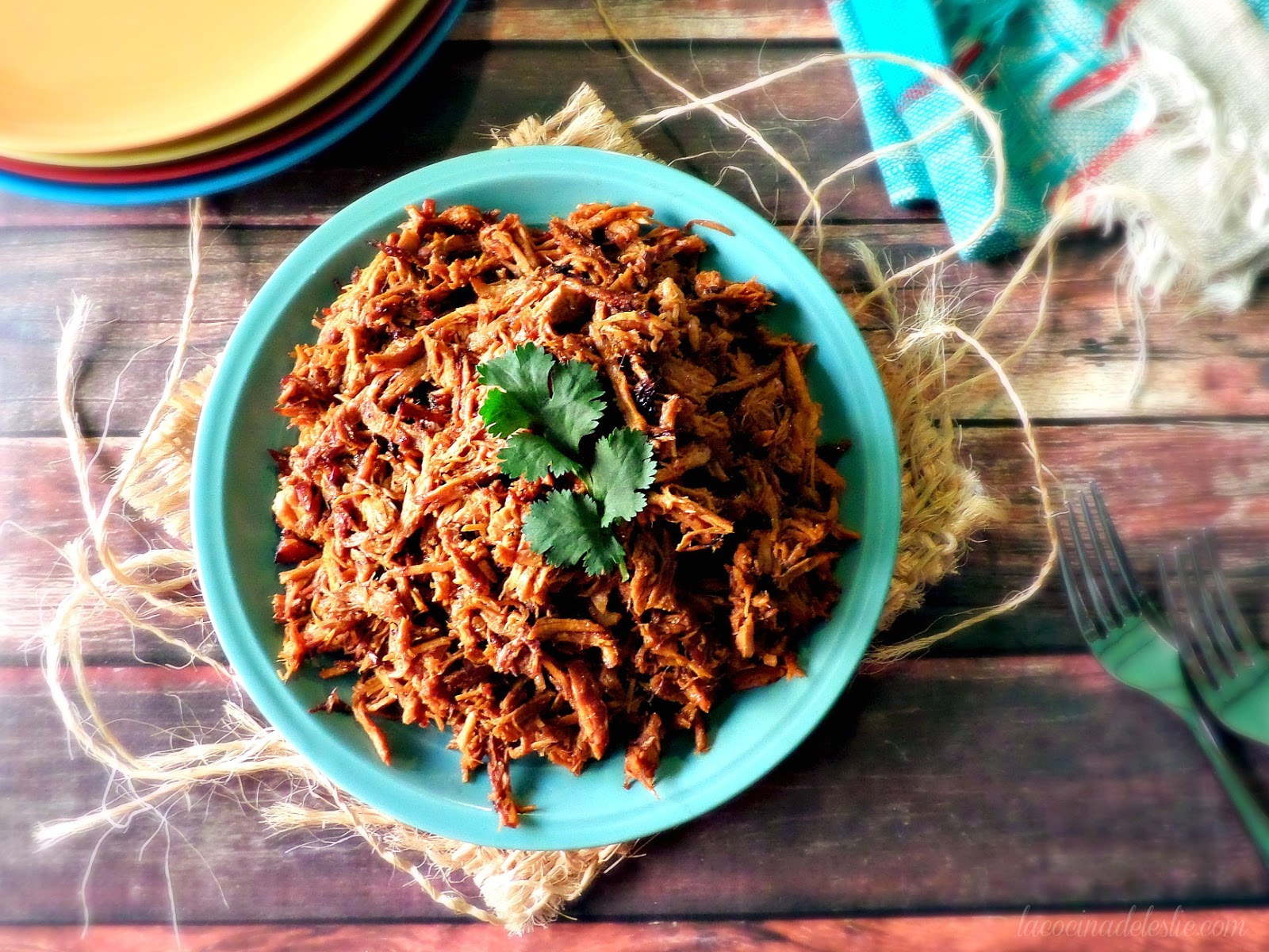 Slow Cooker Orange Chipotle Pulled Pork - lacocinadeleslie.com