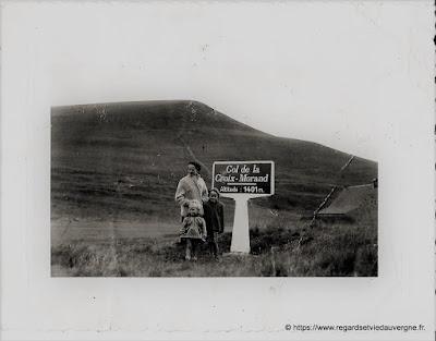 Col de la croix Morand, photo ancienne noir et blanc.