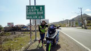 SALUTE !! Cewek Ini Touring Sendirian Pakai Motor Jakarta - Flores Sejauh 5000 Km Ndroo !!