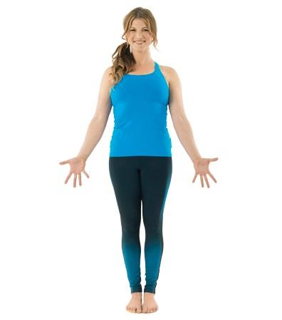 Gerakan yoga mengecilkan perut buncit tadasana