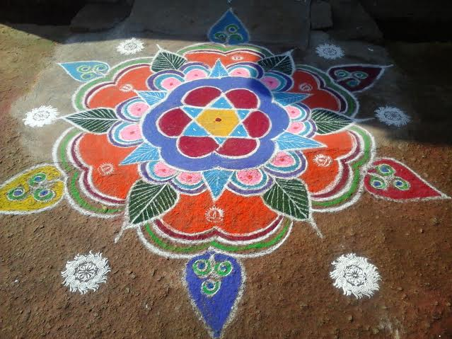 Easy And Simple Rangoli Designs For Home Housewarming And