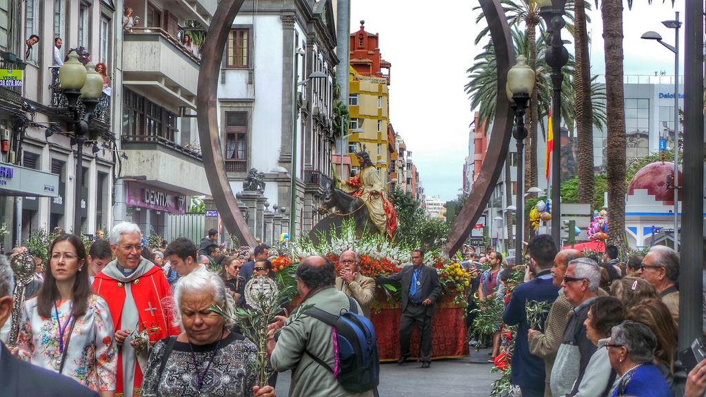 Horario de las procesiones en las palmas de gran canaria for Jardin canario horario