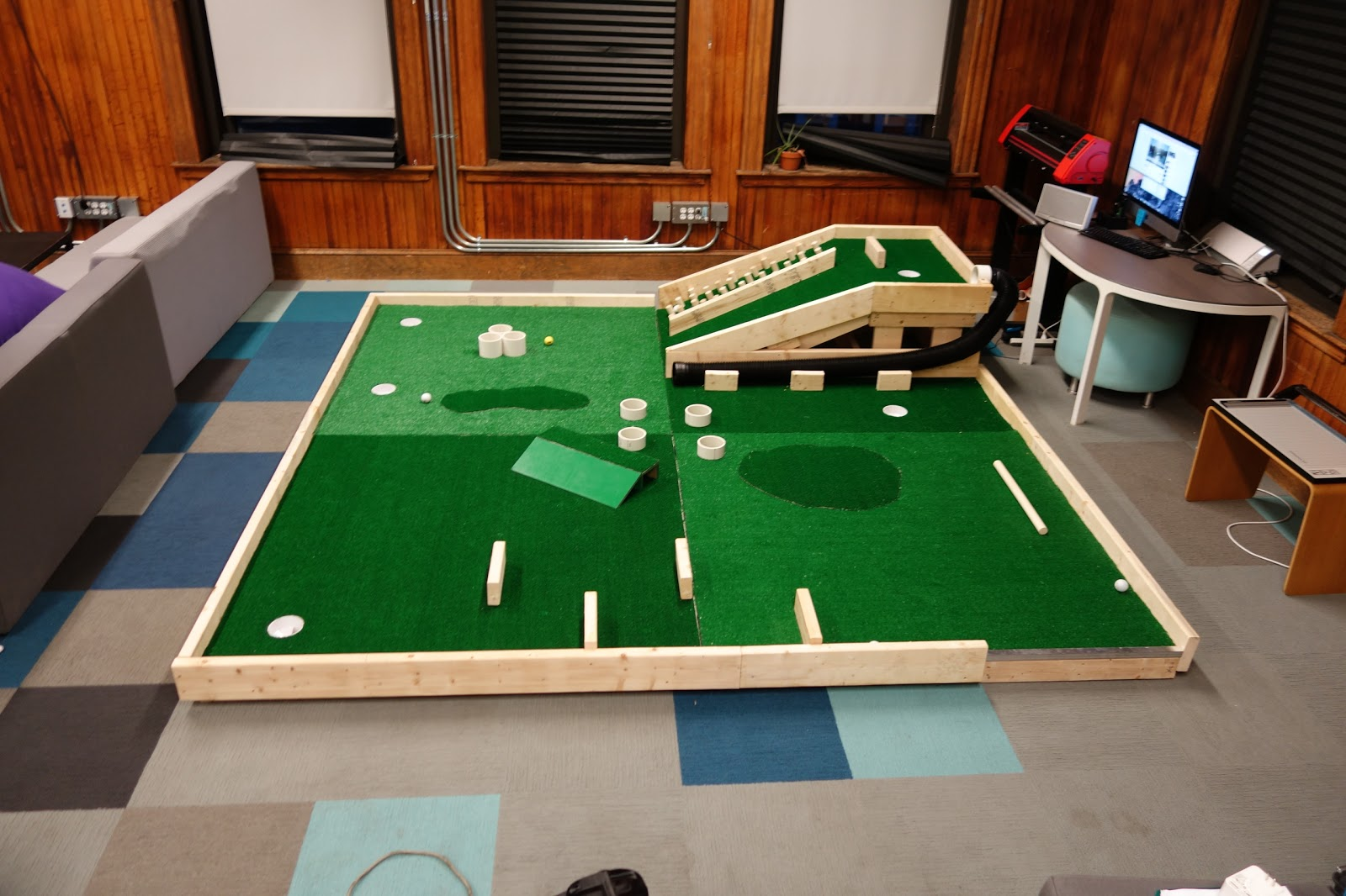 Home Modular Mini Golf Course - DIY Indoor | The Invention Factory