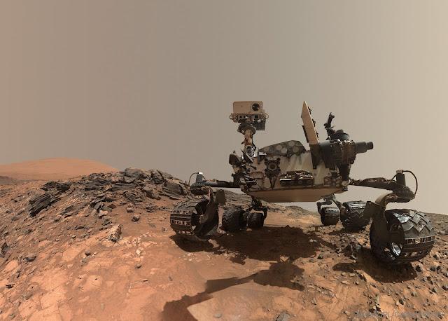 Tàu tự hành Curiosity chụp ảnh selfie trên Sao Hỏa. Hình ảnh: NASA, JPL-Caltech, MSSS.